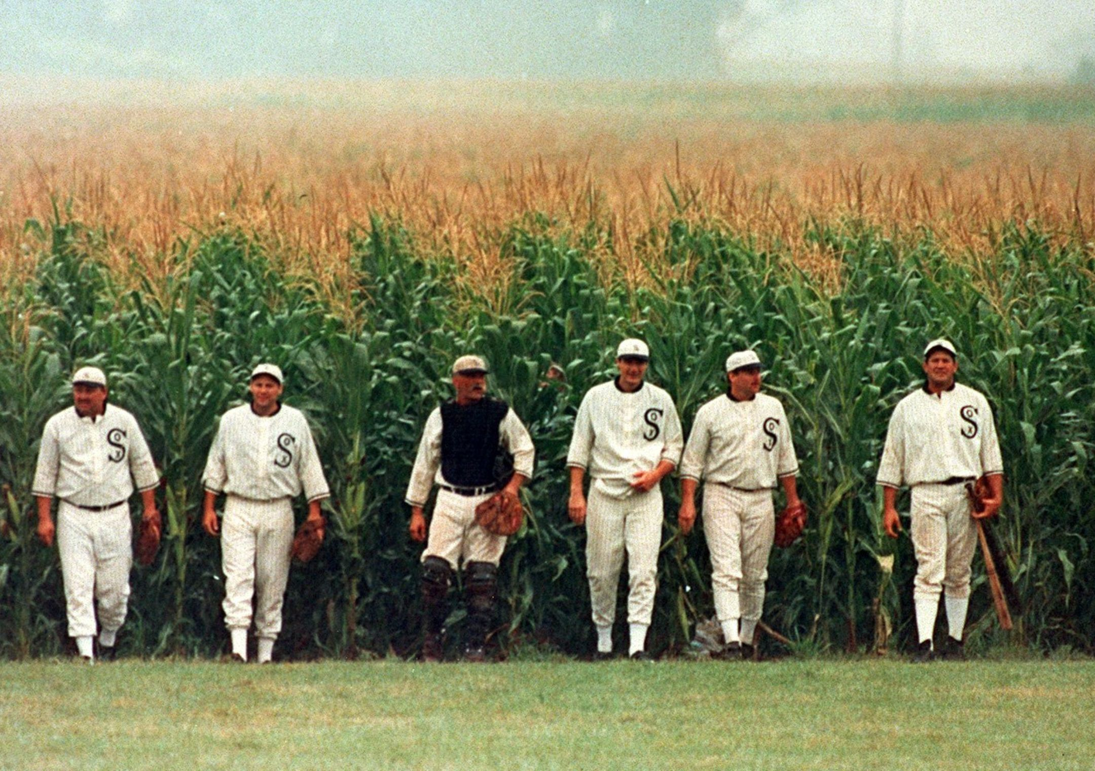 """Your """"Field of Dreams"""" Inbound Strategyis Not Going to Cut It: Why YourSales Team Needs a CRM and a CMS"""